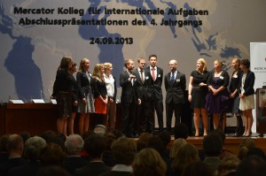 Abschlussveranstaltung des vierten Jahrgangs im geschichtsträchtigen Weltsaal des Auswärtigen Amts in Berlin